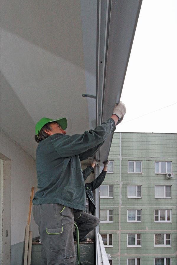 Как установить пластиковую раму на балкон..